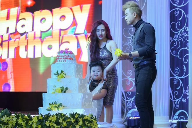 Duong Hieu Nghia mung sinh nhat con trai Tin Tin anh 3