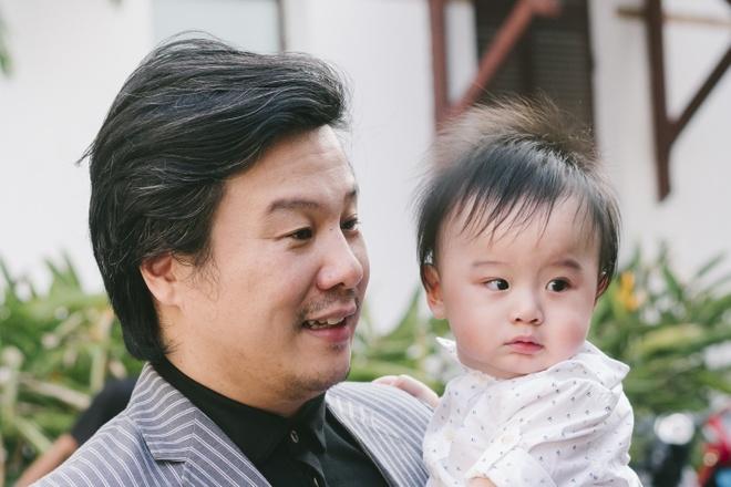 Thanh Bui va ba xa doanh nhan lan dau be cap sinh doi di su kien hinh anh 2