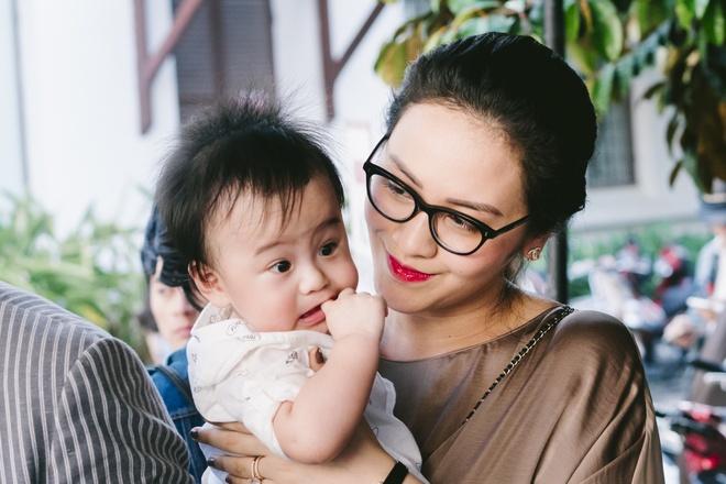 Thanh Bui va ba xa doanh nhan lan dau be cap sinh doi di su kien hinh anh 3