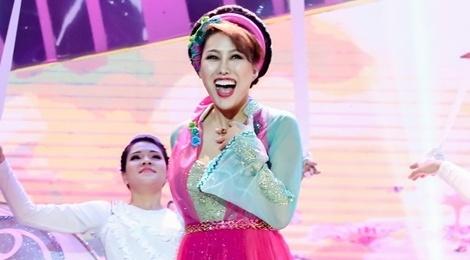 Hat kem, Phi Thanh Van bi nhac lai tham hoa 'Da nau' tren truyen hinh hinh anh