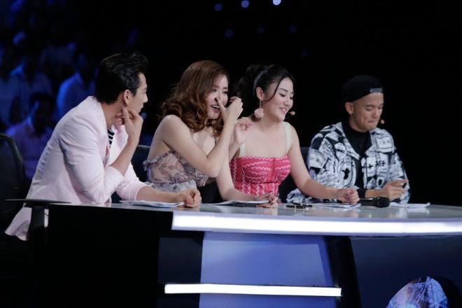 Co be khiem thi cua Vietnam Idol Kids khien Bich Phuong bat khoc hinh anh 2