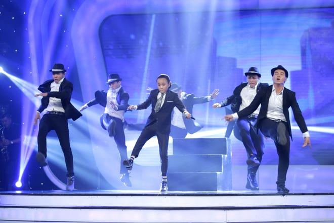 Co be khiem thi cua Vietnam Idol Kids khien Bich Phuong bat khoc hinh anh 3