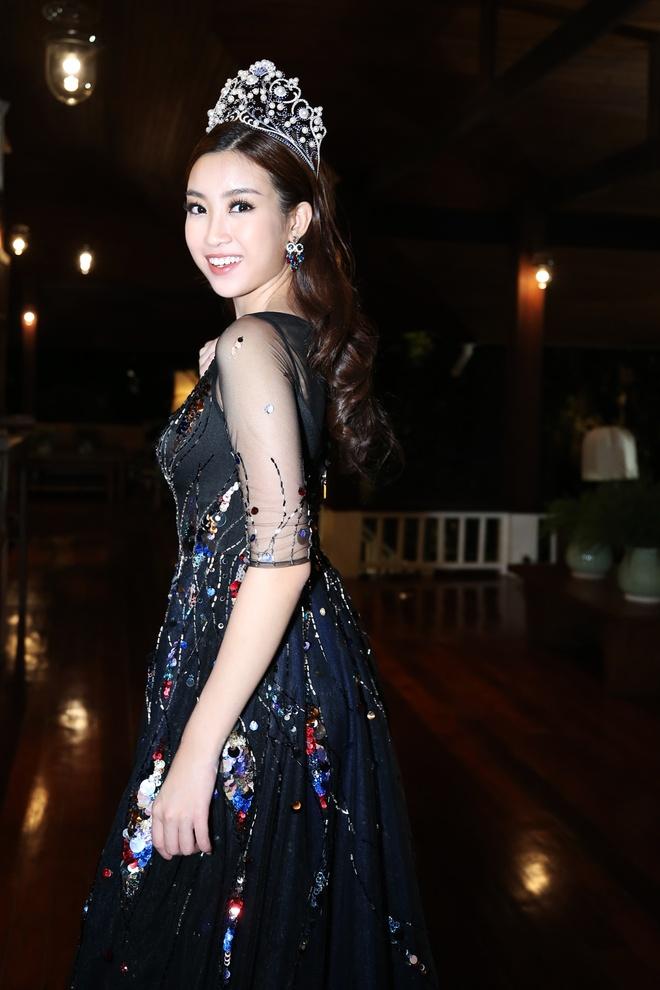Ho Ngoc Ha, Do My Linh gap go dan hoa hau the gioi o Thai Lan hinh anh 10