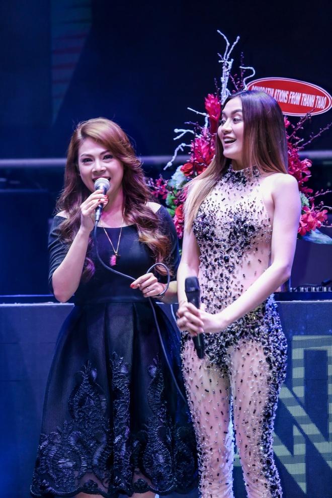 Thanh Thao moi Thieu Bao Trang lam ca si doc quyen o hai ngoai hinh anh 2