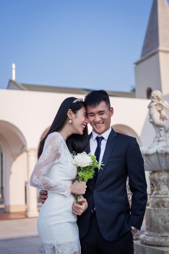 Thuy Tien, Cong Vinh tai hien le cuoi trong MV hinh anh 2