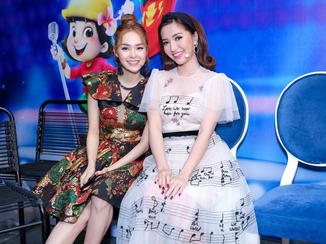 Sau on ao o The Face, Minh Hang ngoi ghe nong Vietnam Idol Kids hinh anh 4
