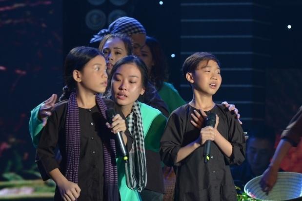 'Than dong am nhac' hat dan ca Nam Bo bang giong mien Trung hinh anh 1