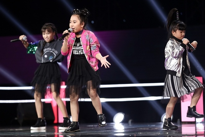 The Voice Kids: Huong Tram hat rock cung tro cung hinh anh 1
