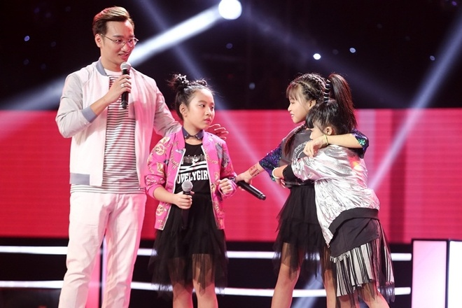 The Voice Kids: Huong Tram hat rock cung tro cung hinh anh 3