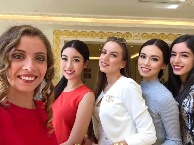 Do My Linh bieu dien 'Trong com - We Are The World' tai Miss World hinh anh 3