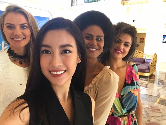 Do My Linh bieu dien 'Trong com - We Are The World' tai Miss World hinh anh 1