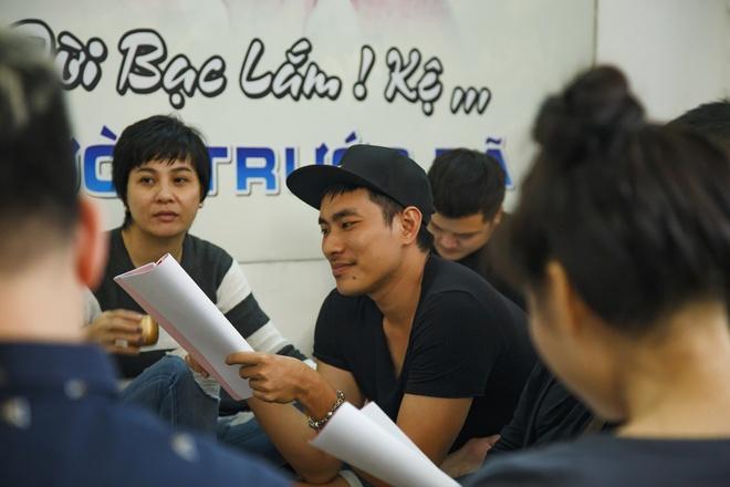 NSND Ngoc Giau, NSUT Hoai Linh tap luyen cho live show Kieu Minh Tuan hinh anh 4