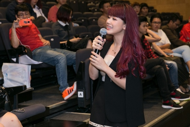 OnlyC ke chuyen yeu xa voi vo hot girl trong MV moi hinh anh 2