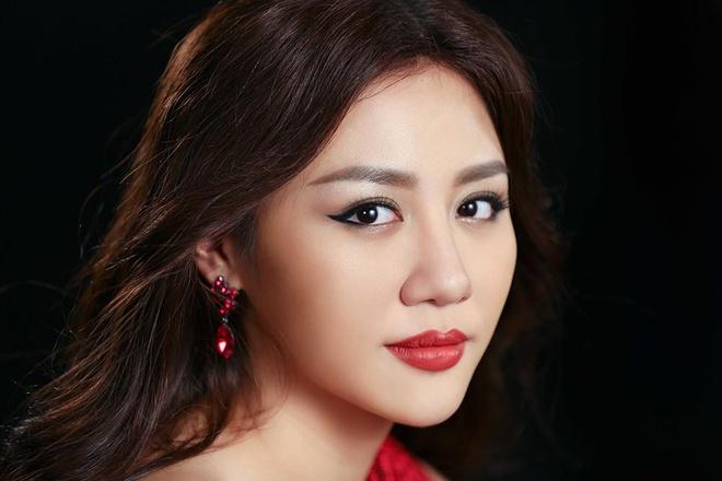 Van Mai Huong: 'Toi va Le Hieu co su bao dung danh cho nhau' hinh anh