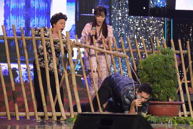 Minh Luan vao vai hu hong, cua cam Jang Mi tren san khau hinh anh 1