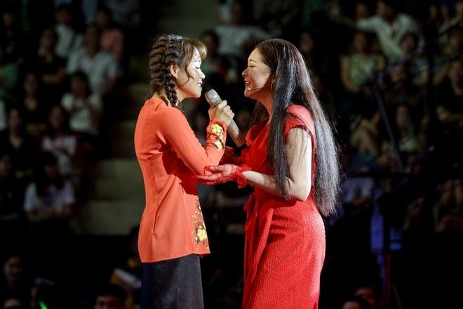 Nhu Quynh lam nung van khong thang noi Quang Le o game show hinh anh 2