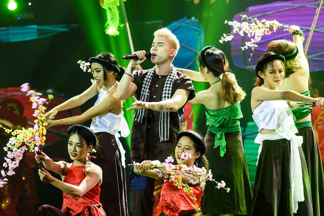 Chung ket Sao dai chien, Trong Hieu va Hoang Ton van bi Duong Cam che hinh anh 3