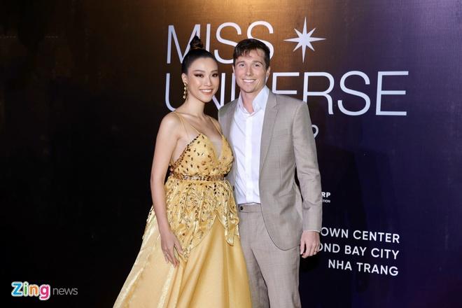 Nguyen Tran Khanh Van dang quang Hoa hau Hoan vu Viet Nam 2019 hinh anh 10