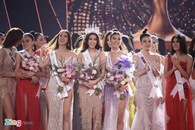 Nguyen Tran Khanh Van dang quang Hoa hau Hoan vu Viet Nam 2019 hinh anh 42