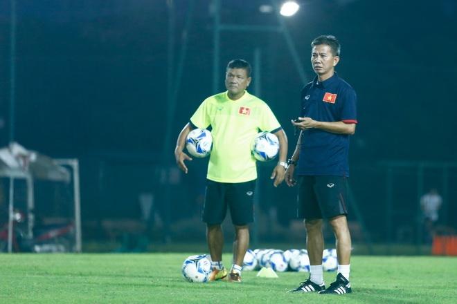 U20 Viet Nam danh ngoai le cho Quang Hai, Duc Chinh hinh anh 2