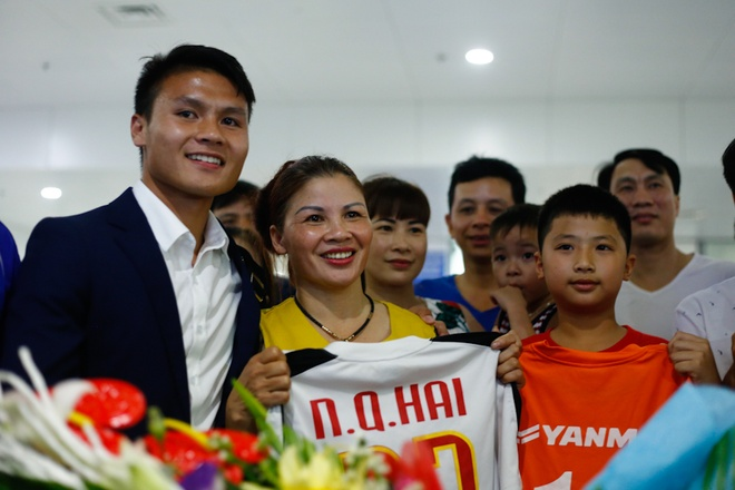 CDV nong nhiet chao don U20 Viet Nam tro ve tu World Cup hinh anh 8