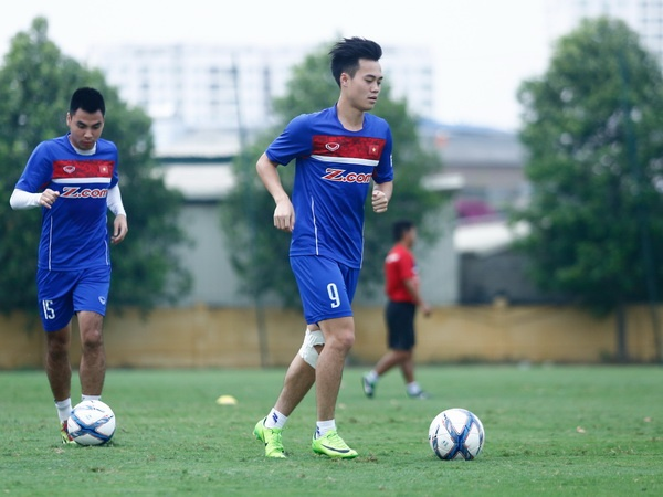 Chan thuong bien chung, Van Toan lo ca tuyen Viet Nam va V.League hinh anh