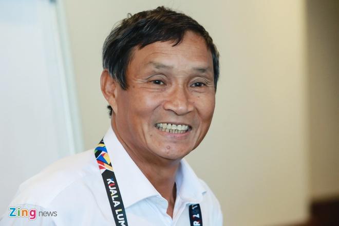 HLV Mai Duc Chung tam thay Huu Thang dan dat tuyen Viet Nam hinh anh 1