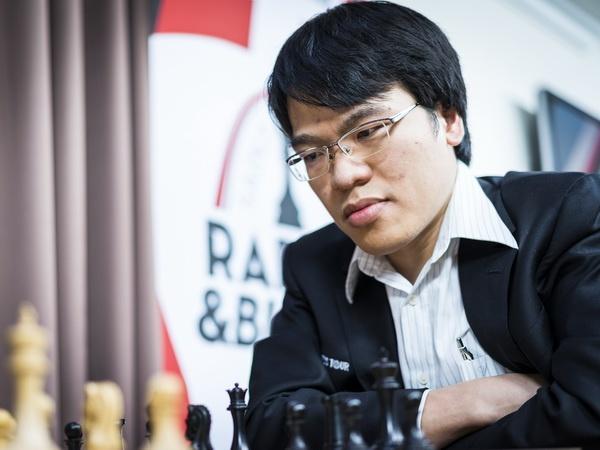 Truong Son phai dau tie-break, Quang Liem vuot qua vong 1 Cup the gioi hinh anh
