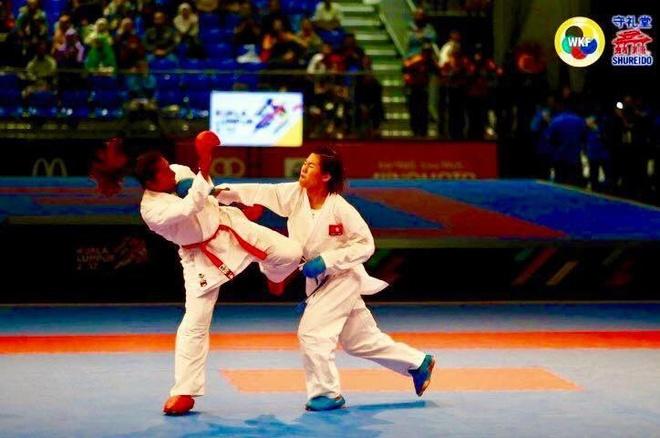 Nguyen Thi Ngoan karatedo gianh HCV lich su anh 1