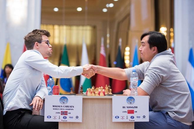 Dia chan o Cup the gioi, Vua co Magnus Carlsen bat ngo bi loai hinh anh 2