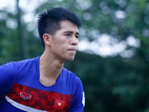 Sao U20 Viet Nam bi phat nang vi choi xau Mac Hong Quan hinh anh