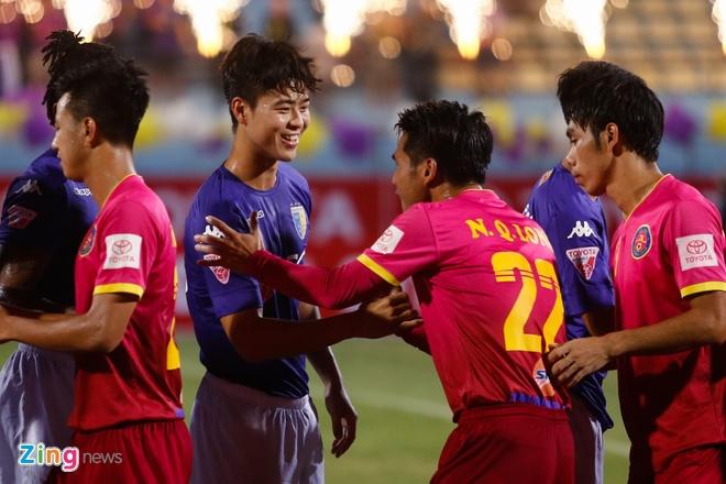 Mat diem truoc Sai Gon, Ha Noi FC xa roi ngoi vo dich hinh anh 2