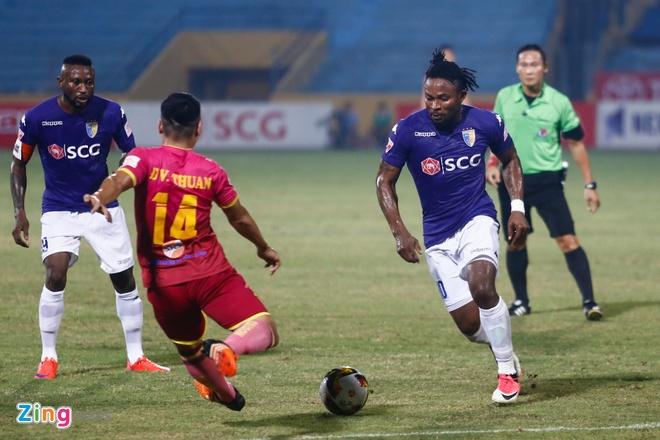 Mat diem truoc Sai Gon, Ha Noi FC xa roi ngoi vo dich hinh anh 4