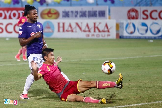 Mat diem truoc Sai Gon, Ha Noi FC xa roi ngoi vo dich hinh anh 6