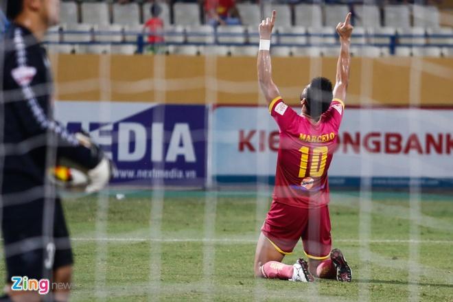 Mat diem truoc Sai Gon, Ha Noi FC xa roi ngoi vo dich hinh anh 8