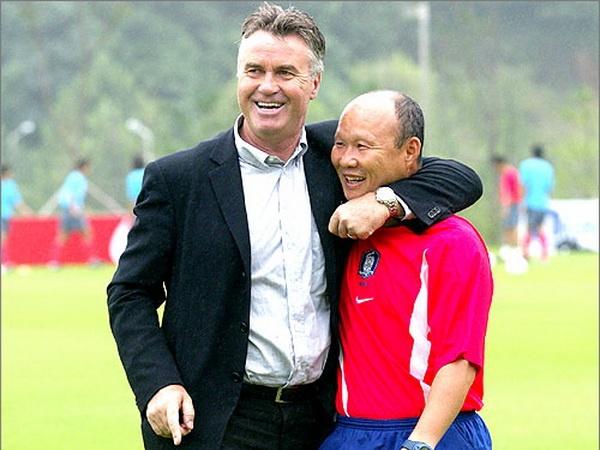 HLV Park Hang-seo tung bi sa thai vi khong thay the duoc Guus Hiddink hinh anh