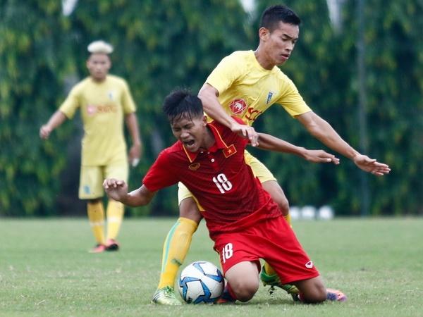U19 Viet Nam thua trang 5 ban truoc doi tre Ha Noi hinh anh