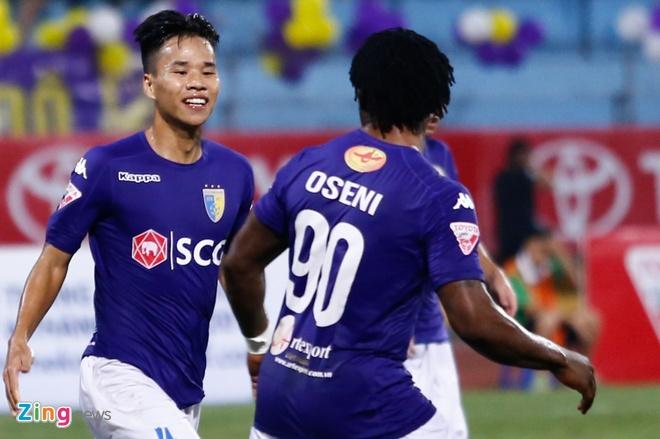 Doan Van Hau thu lam tien dao, ghi ban dau tien tai V.League hinh anh 5