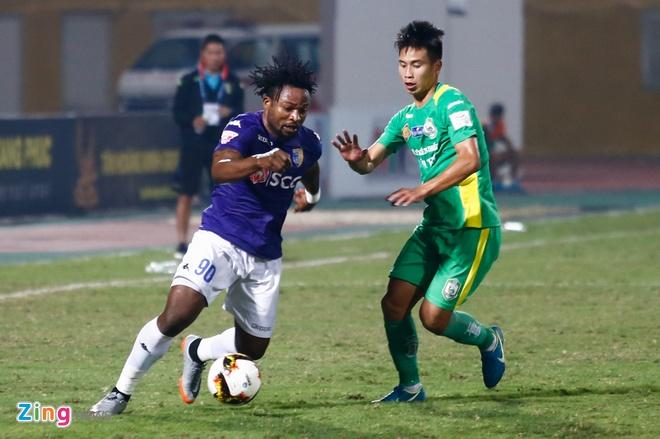 Doan Van Hau thu lam tien dao, ghi ban dau tien tai V.League hinh anh 6