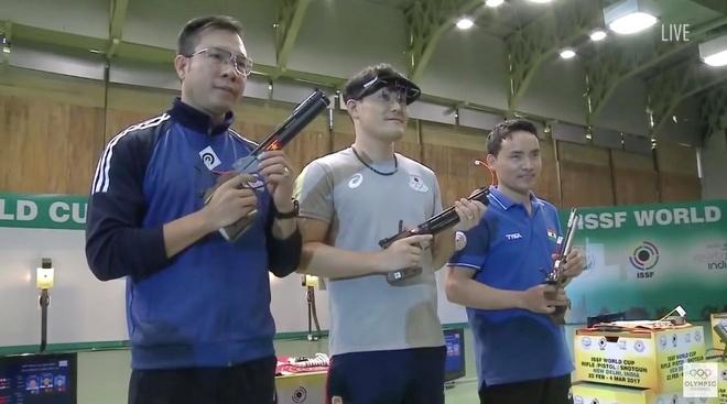 Hoang Xuan Vinh that bai o Cup the gioi 2017 hinh anh