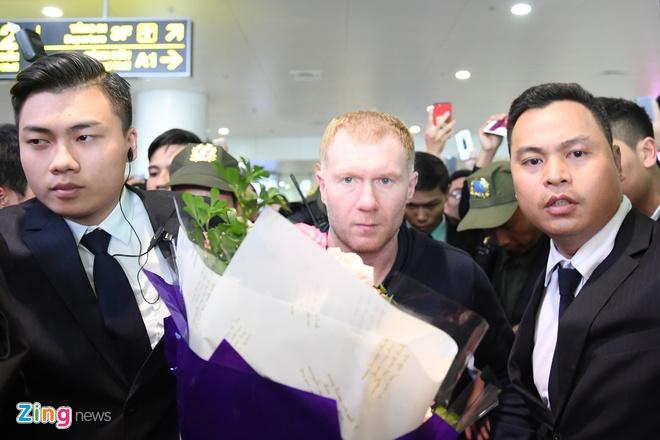 Ryan Giggs va Paul Scholes den Ha Noi, bat dau hanh trinh o Viet Nam hinh anh 8