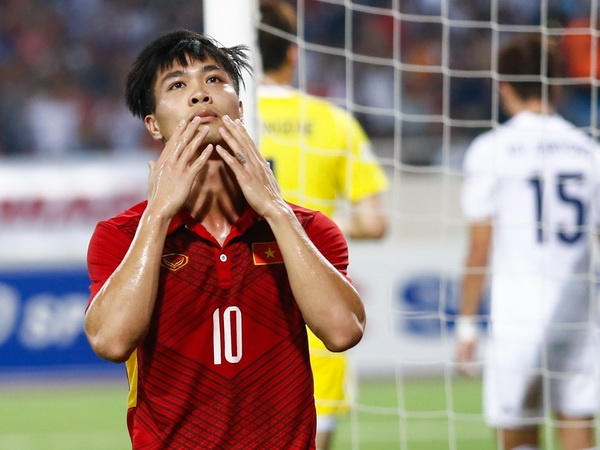 'Viet Nam con kem xa Thai Lan, kho long du duoc World Cup 2030' hinh anh