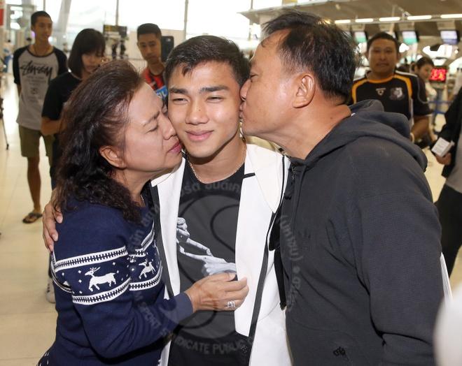 Tit ngoi 16 tran, Messi Thai van chinh phuc bong da Nhat Ban hinh anh 11