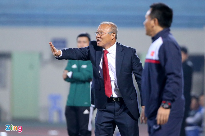 Cong Phuong tit ngoi, U23 Viet Nam thua sat nut CLB Han Quoc hinh anh 10