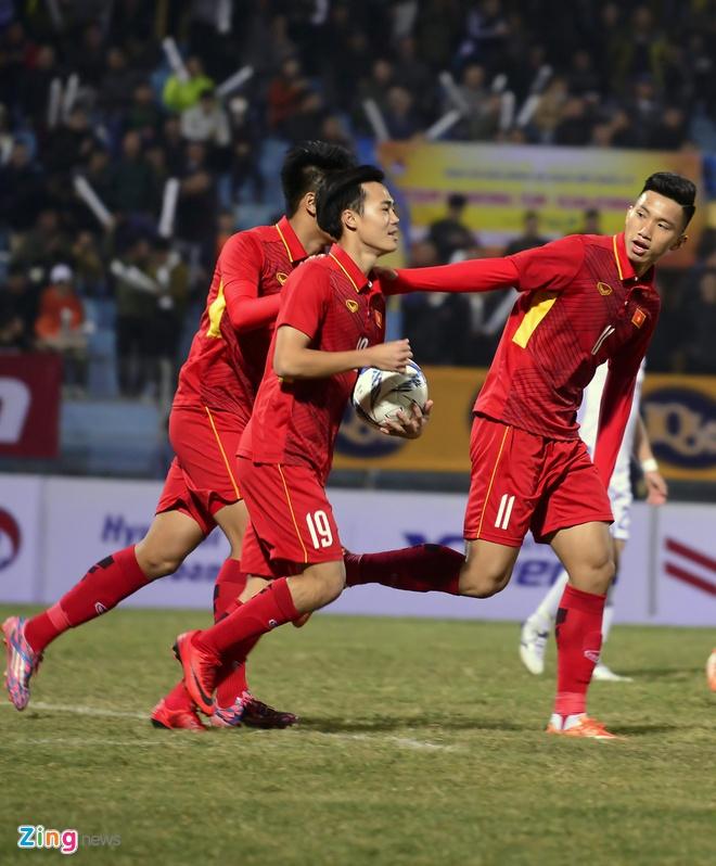 Cong Phuong tit ngoi, U23 Viet Nam thua sat nut CLB Han Quoc hinh anh 5