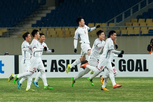 VFF chot 2 xe mui tran cho U23 Viet Nam dieu hanh hinh anh 1