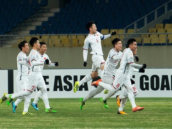 VFF chot 2 xe mui tran cho U23 Viet Nam dieu hanh hinh anh