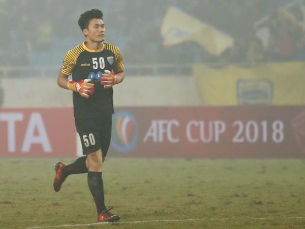 Bui Tien Dung vung vang, Thanh Hoa thang tran dau tien o AFC Cup hinh anh
