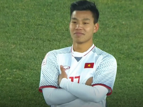 Xuan Truong ke chuyen phia sau man an mung lich su cua Van Thanh hinh anh