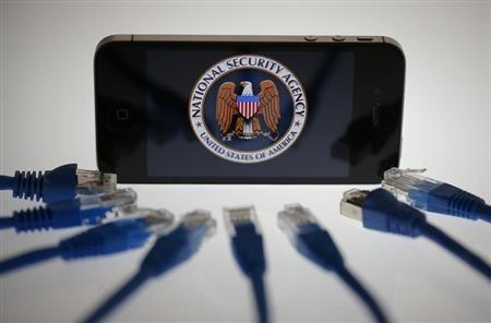 Apple phu nhan tiep tay NSA nghe len nguoi dung hinh anh